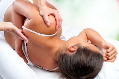 5 Reasons to See a Chiropractor for Back Pain